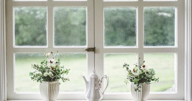 Уреди за миене на прозорци